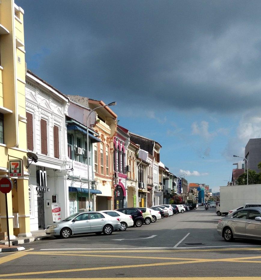 Magical sky and a beautiful neighborhood, George Town - Penang