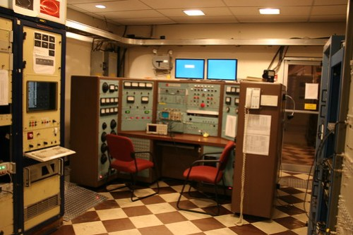 Radar transmitter; old control console