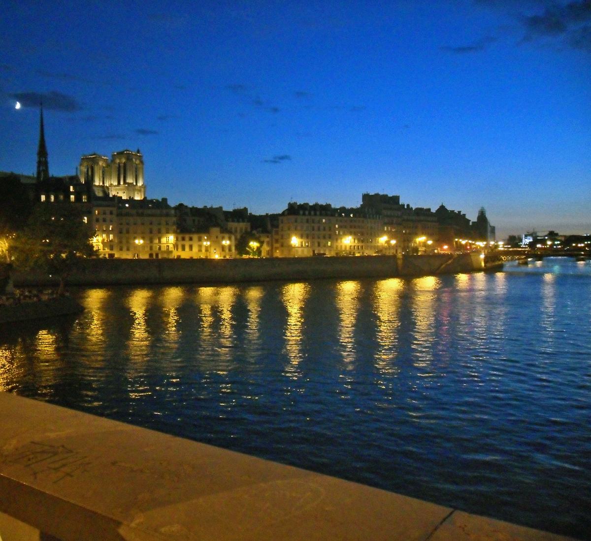 paris-riverside-3
