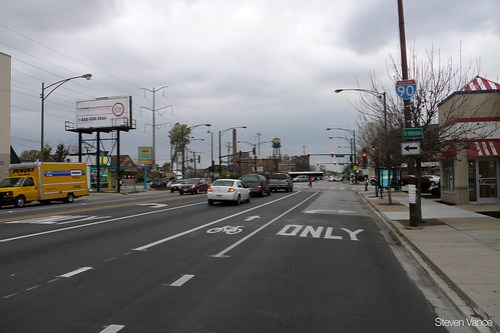 South Chicago Avenue buffered bike lane