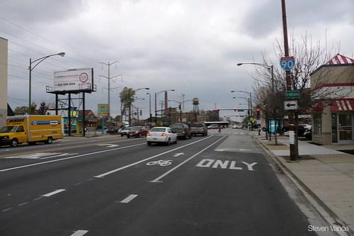 South Chicago Avenue buffered bike lane