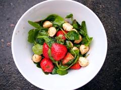 Rocket, spinach, strawberry, mozarella pearls salad