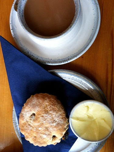 Inverness - Spot of tea and a scone
