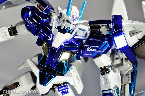 ANA 00 Raiser Gundam HG 1-144 G30th Limited Kit OOTB Unboxing Review (61)