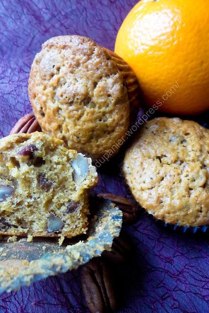 Muffins hivernaux (carottes, pécans, raisins et cannelle) / Winter Muffins (Carrot, Pecan, Raisin and Cinnamon)