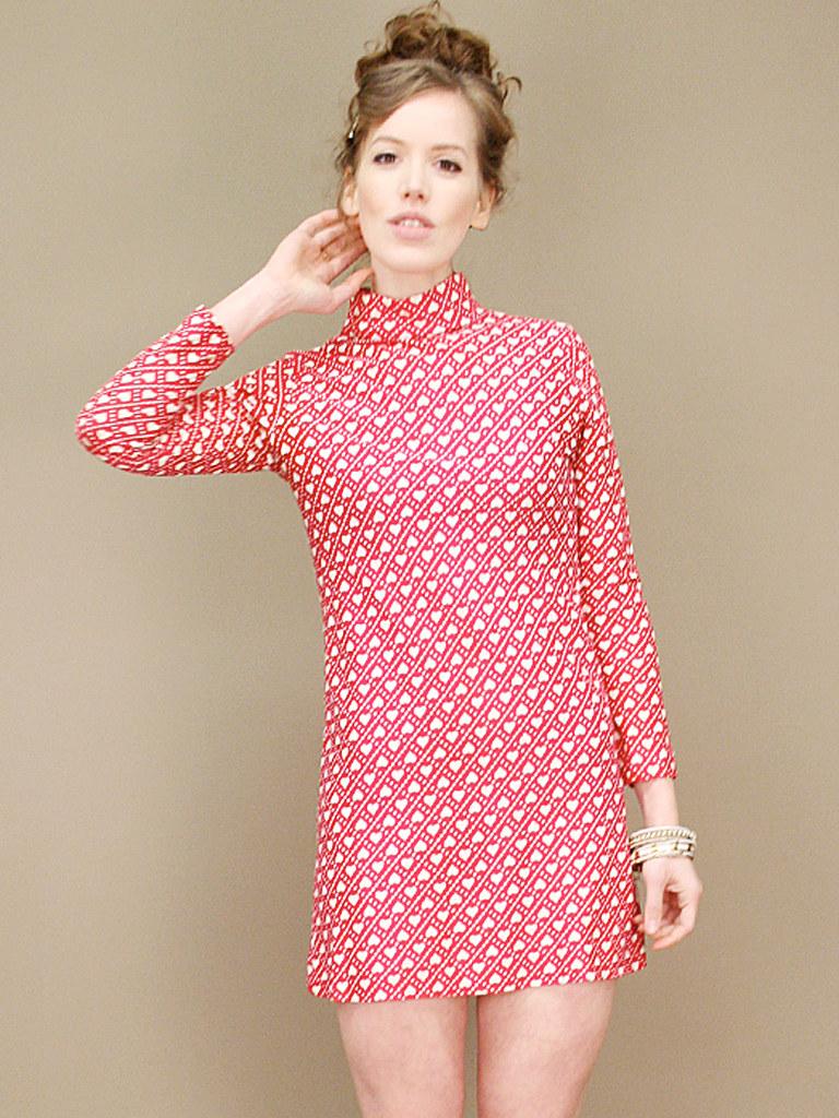 vintage-heart-print-dress-2