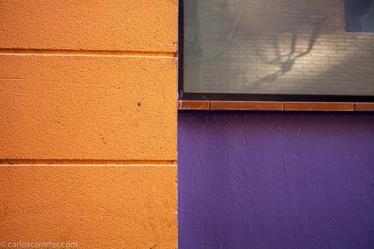 Naranja, violeta