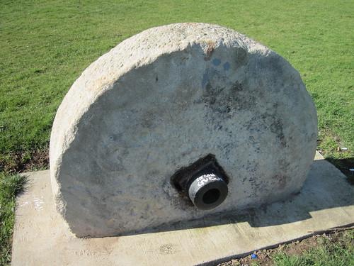 Mystery Millstone, Eston