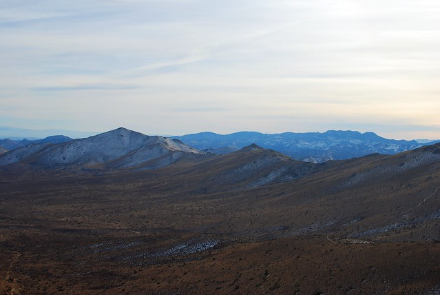 Looking back at Butterbredt Peak (left) from the top of Gold
