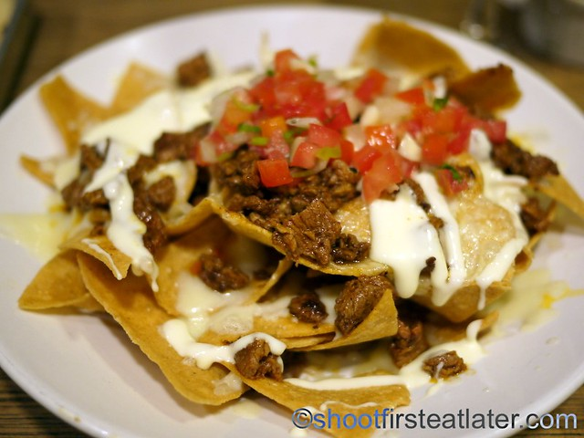carne asada nachos regular P275