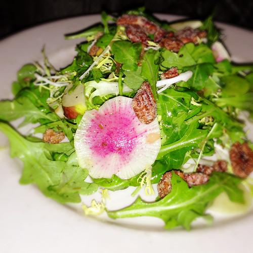 Apple and rocket salad