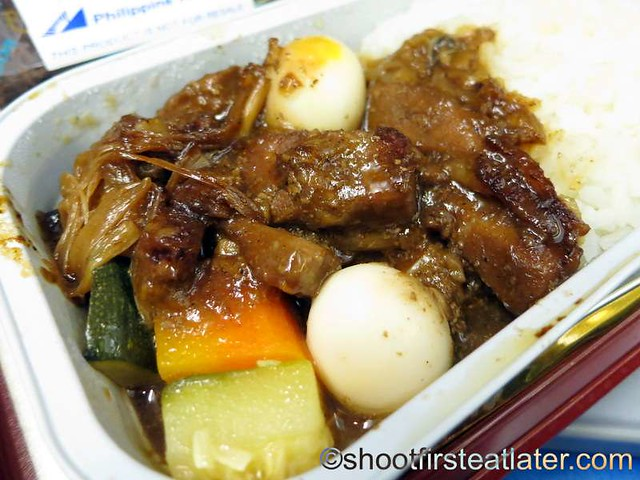 Philippine Airlines economy meals- pork paksiw-001