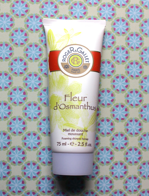 Roger and Gallet flash box shower gel