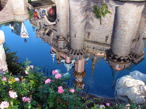 2012-Castle-Reflection-2w