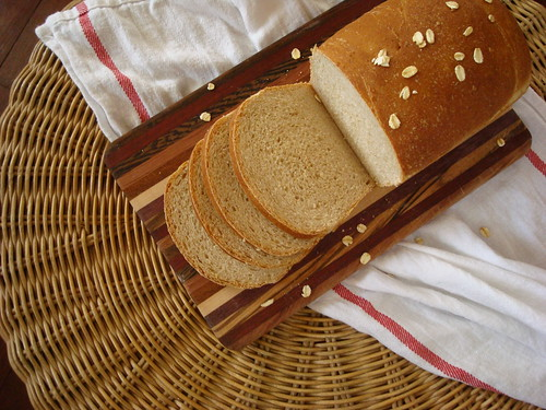 Oatmeal Buttermilk Bread