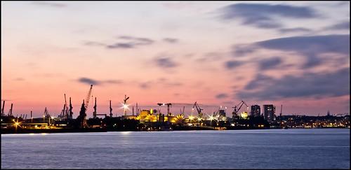 Hamburg Hafen mit Musikhall
