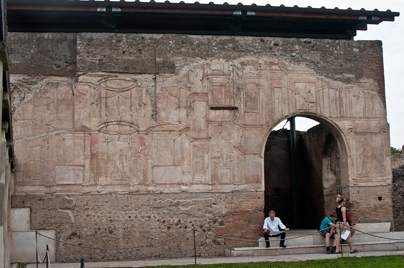 PompeiiWalksOfItaly-10