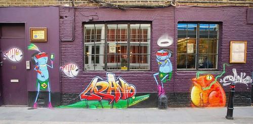 Graffiti (Cranio), Shoreditch, East London, England.