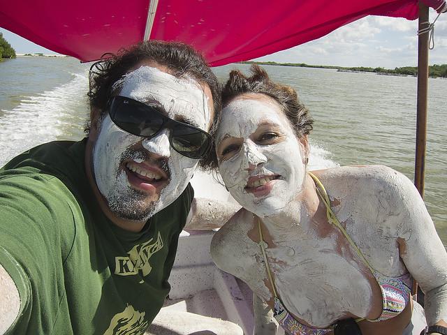 Baño Maya en Rio Lagartos, Mexico