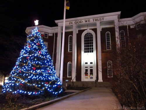 Day 347 Putnam County Courthouse Christmas Tree by pixygiggles
