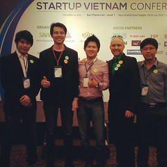 With Dung Cyber Agent team and Auxiesia Team Ryan @iamsua #PomVN #StartupVN