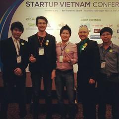 With Dung Cyber Agent team and Auxiesia Team Ryan @iamsua #PomVN #StartupVN