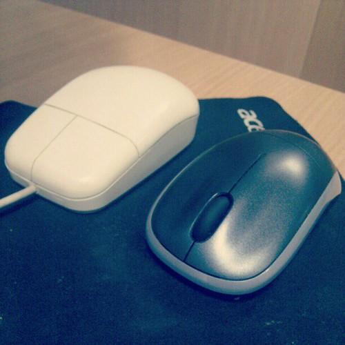 """آه يا زمن هذا """"ماوس"""" #الطيبين . تدري اننا ما زلنا نستخدمه حتى الآن...!!! by Lau-Fung"""