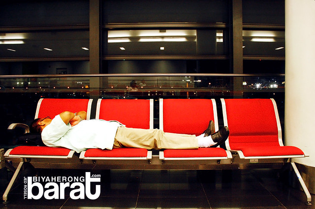 sleeping at terminal 2 airport manila