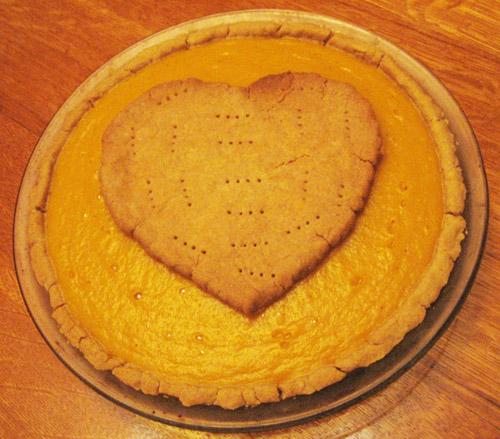 Vegan gluten-free-pumpkin pie 2012.jpg