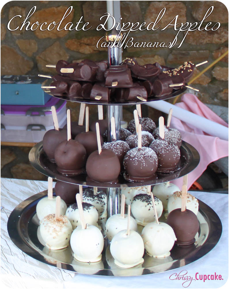 Chocolate Dipped Apples | ChrissyCupcake