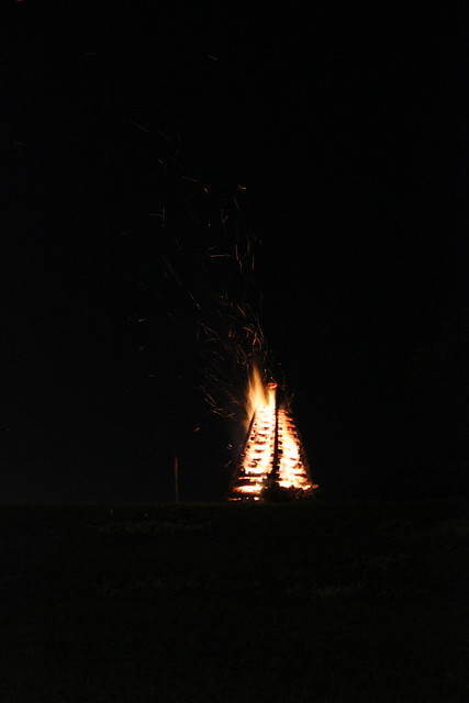 River Road Bonfires on the Levee, Christmas Eve