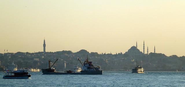 Turquie - jour 2 - Istanbul - 92 - Üsküdar Harem Sahil Yolu