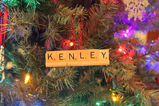 diy scrabble ornament, diy christmas ornament