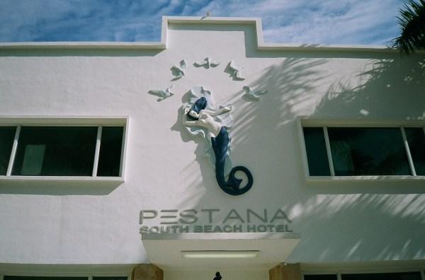 Mermaid Pestana Hotel South Beach Minolta Freedom Dual