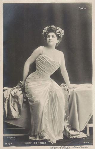 Lucy Berthet.