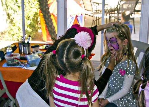Reilly getting her face painted