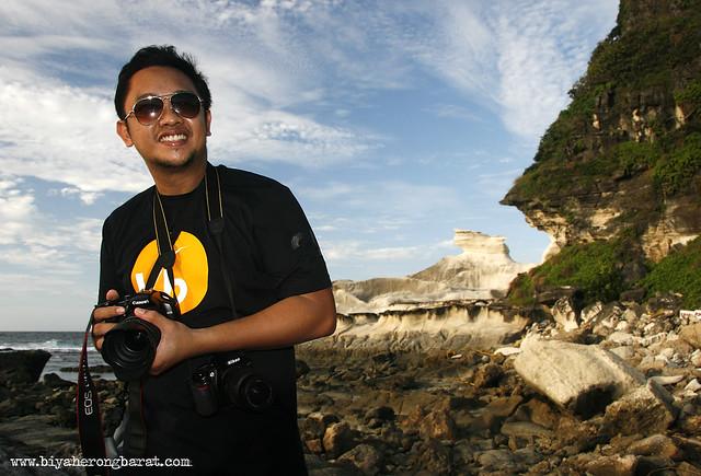 Jay Pagulayan in Kapurpurawan Rock Formations