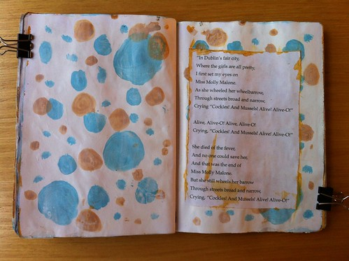 Molly Malone lyrics by jujuridl