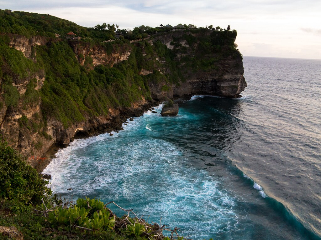 Pura (Temple) Uluwatu on the Cliff