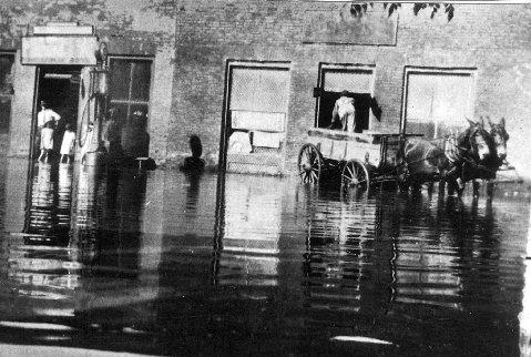 CHAPPELLS FLOOD 1927 Dr. Willie in doorway of store