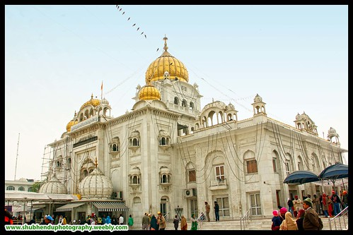Bangla Sahib Gurudwara by ShubhenduPhotography
