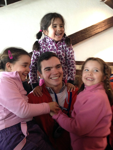 Álvaro y las niñas