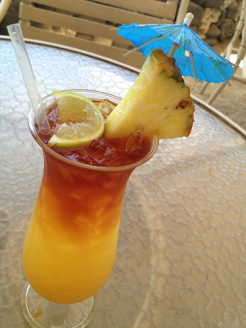 Huggo's Ali'i Mai Tai - Huggo's on the Rocks