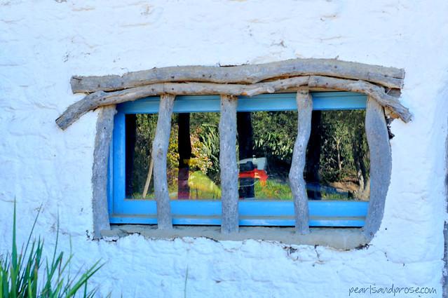 carillo_window_web