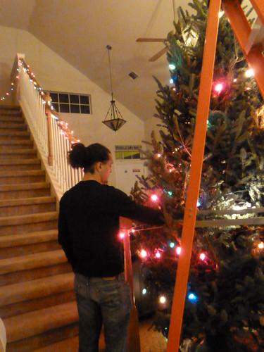 12-10-12 TX - Austin, Decorating the Tree 11