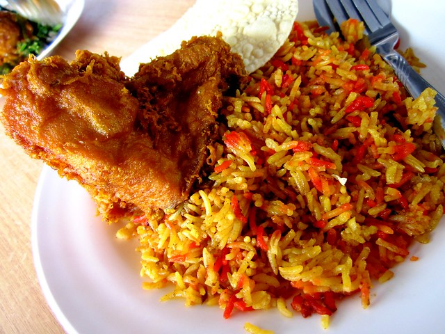 Nasi bryani + fried chicken