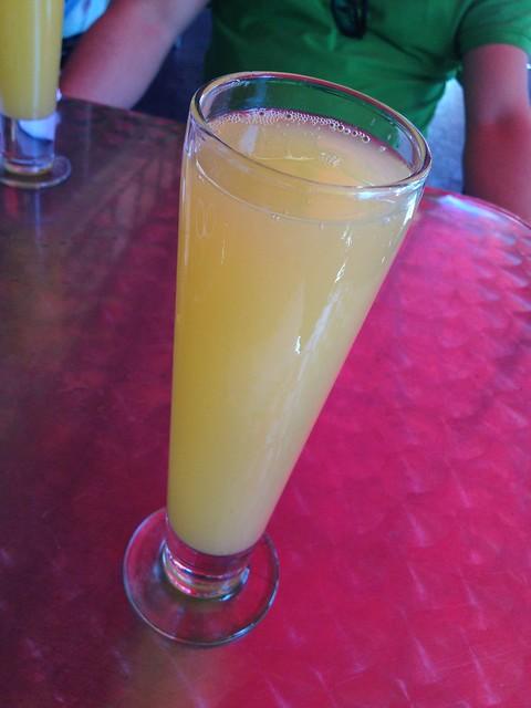 Mega mimosa - Bongo Johnny's