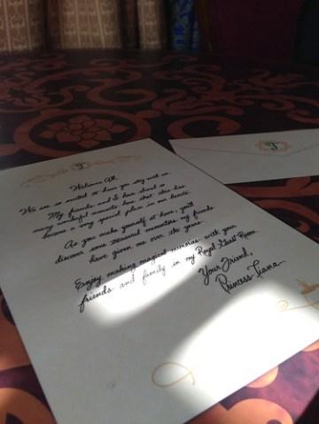 テーブルにはティアナからの手紙が。