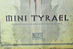 Sideshow Mini Tyrael BlizzCon 2011 Souvenir Collectible (2)