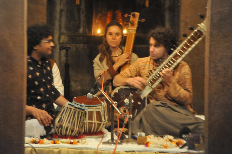 Homage to Pt. Ravi Shankar by his disciple Paul Livingstone